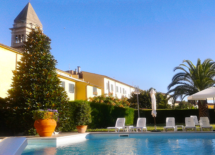 Hotel casciana terme con piscina hotel roma casciana terme - Hotel piscina roma ...